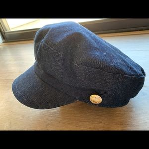 Karl lagerfeld stylist hat.
